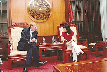 Marc Kealey, pictured left meets with Vietnam Minister of Health Nguyen Thi Kim Tien at their meeting in Hanoi in late summer 2012 to discuss investment in hospital project
